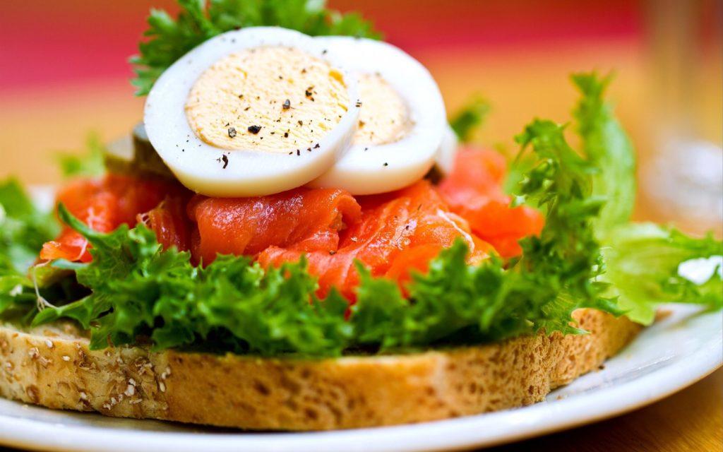 Brot mit Lachs und Ei - Zusatzstoffe und Geschmacksverstärker